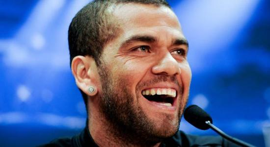 "Banana Racism: Alves Calls Spain ""Backward"""